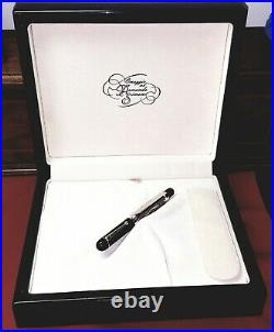 Omas Limited Edition Silver Doctor Fountain Pen Fine Point, Superb Condition