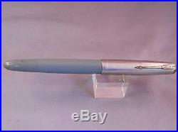 Parker 51 Gray Vac-fill Fountain Pen -working-fine point- WWII l944