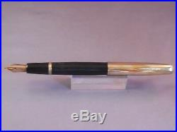 Parker VS Button Fill Gold Cap Fountain Pen Black- fine point