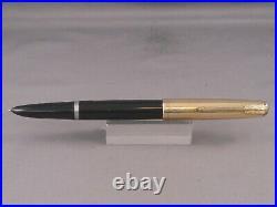 Parker Vintge 51 Black Gold Cap Fountain Pen-1950-working-fine point