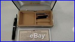 Pilot Namiki Vanishing Point Fountain Pen, 14K gold nib, fine point, Black Body