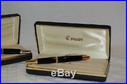 Pilot Namiki Vanishing Point Fountain Pens (2) 14K585 Fine/Medium NIBs