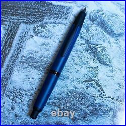 Pilot Namiki Vanishing Point Matte Blue & Black Trim Fountain Pen 18k Gold Nib