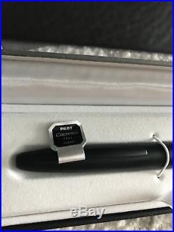 Pilot Namiki Vanishing Point Stealth Matte Black Fine Fountain Pen 18k Gold Nib