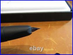 Pilot Vanishing Point Fountain Pen in Matte Black Fine Nib