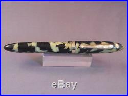 Sheaffer White Dot Black and Pearl Fountain Pen - working-fine point